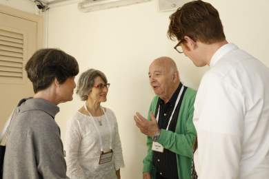 Keynote speakers talking to EHF's director, Dr. Ruth Ostrin and Prof. Ilan Chet, EHF's board chairman