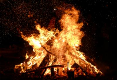 Bonfire, burning wood
